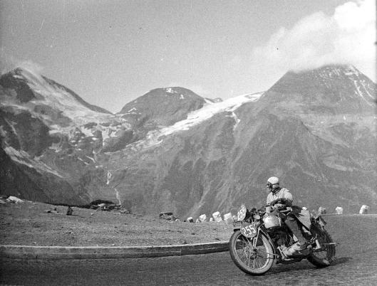 photo - #255 Marjorie Cottle Triumph 249cc ISDT 1939 (Courtesy Technisches Museum Wien)