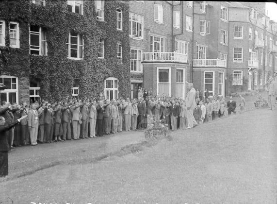 Photo of what appears to be the Metropole in Llandrindod Wells. the row of persons giving the Nazi salute are certainly connected to the significant German team present at the ISDT 1938