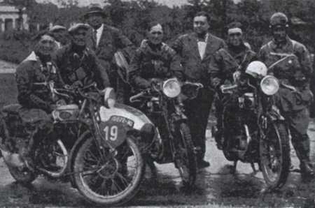 Photo of the winning Italian Trophy Team l-r Juigi Gilera 600cc Gilera sc, Miro Maffels 500cc Gilera, and Rosolino Grana 500cc Gilera ISDT 1931