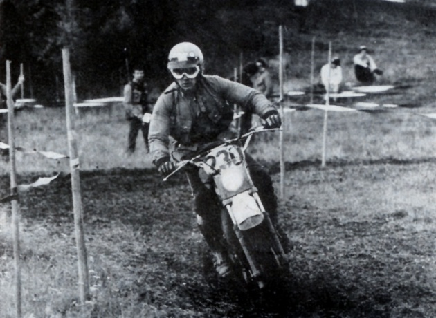 Photo - #230 Posik of the Czech Trophy team ISDT 1978