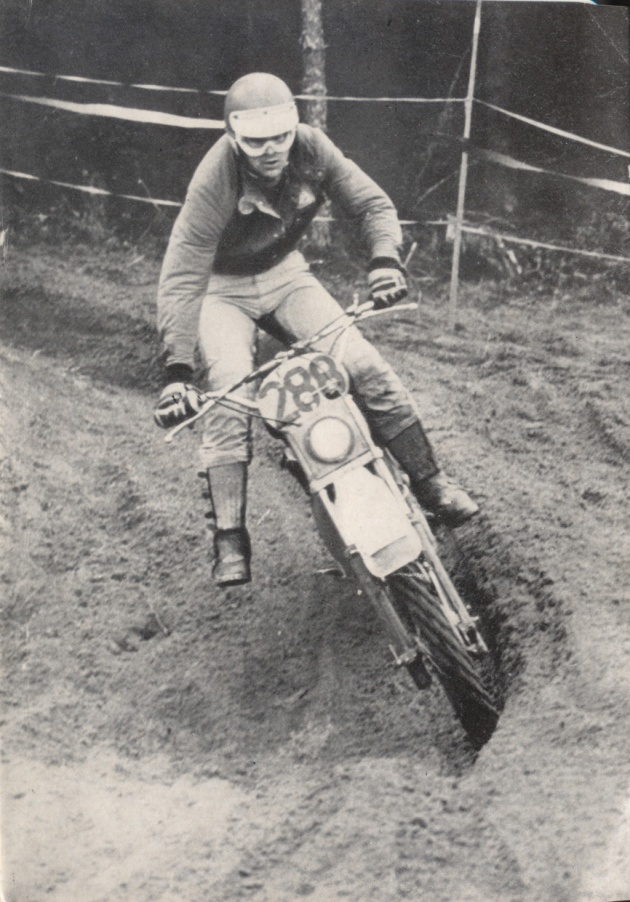 Photo - #288 Stodulka of the Czech Trophy team ISDT 1978