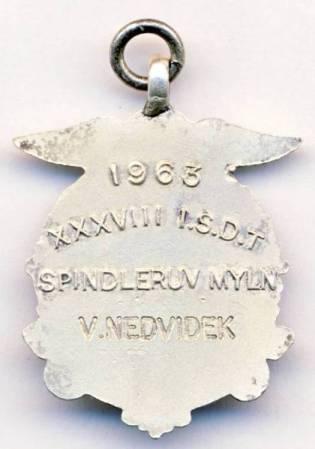 Silver Medal (rear) of V Nedvidek ISDT 1963