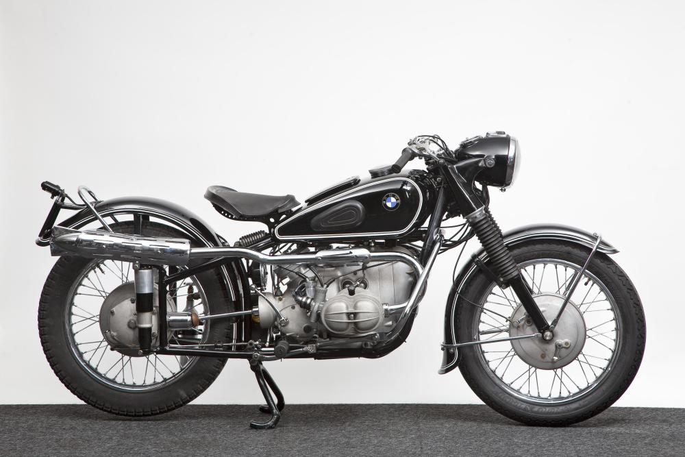 Recovered classics Vincent HRD, BMW and Jawa (2/3)