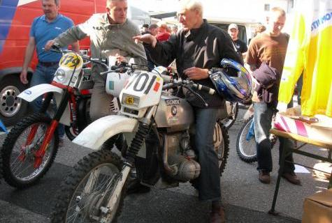 Photo - Sheck astride BMW at an ISDT reunion event at Zschopau in 2011