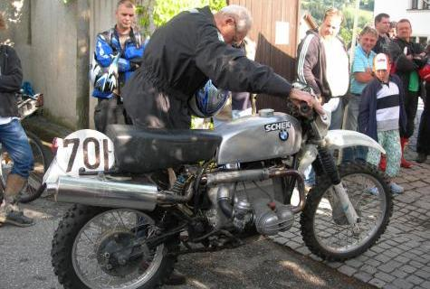 Photo - Sheck starting BMW at an ISDT reunion event at Zschopau in 2011