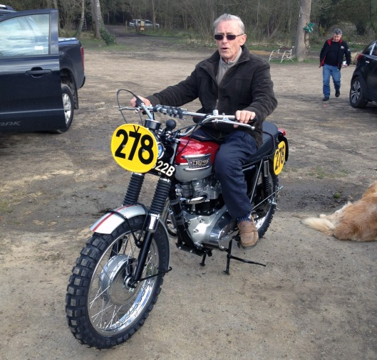 Photo - Ace Classic's replica of the Steve McQueen ISDT Triumph getting the once over from ISDT Ace - Johnny Giles