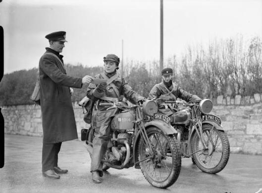 Photo - Women Dispatch riders on Royal Enfield Motorcycles (Image courtesy Imperial War Museum)