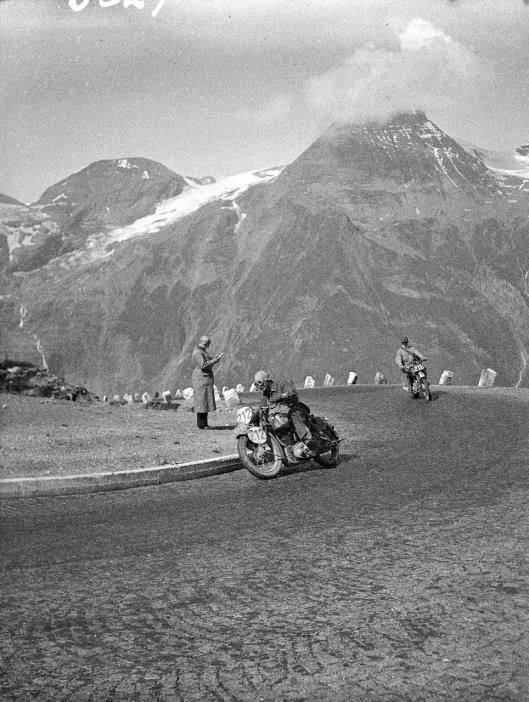photo - #211 J Ashworth BSA 249cc ISDT 1939 (Courtesy Technisches Museum Wien)