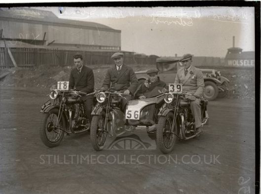 ? - tpt transport bike triumph team group six days stock machine trial test