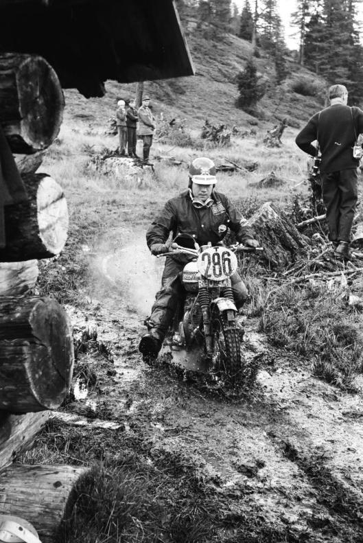 Photo - #286 Ken Heanes Triumph 650cc ISDT 1960 © Erwin Jelinek/Technisches Museum Wien