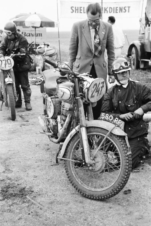 Photo - #247 Bryan Bonny Royal Enfield 349cc ISDT 1960 © Erwin Jelinek/Technisches Museum Wien