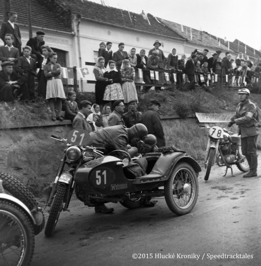 Photo - #51 George L Buck with Passenger and Ariel 357cc with Watsonia Sidecar #78 Ulrich Pohl Maico 175 wait at Hluk  ISDT 1953 (©Hluké Kroniky)