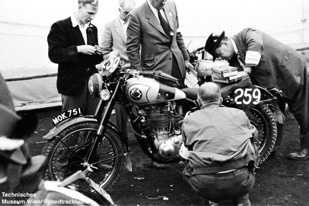 photo - #259 DS Tye works BSA Gold Star 490 [MOK 751] at scrutineering ISDT 1952 (© Technisches Museum Wien - Erwin Jelinek)