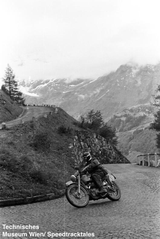 photo - #233 BHM Viney works AJS 498 [MGO 518] Großglockner Pass ISDT 1952 (© Artur Fenzlau/Technisches Museum Wien)