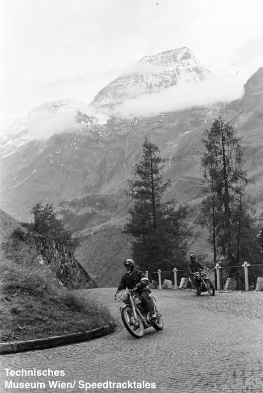 photo - #253 SE Cunningham AJS 498cc [HOY 197] Großglockner pass ISDT 1952 (© Artur Fenzlau/Technisches Museum Wien)