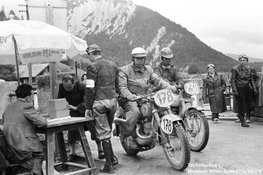 photo - #230 FE Lines, Triumph 498 [SMM 807] with #173 Karl Finkenzeller DKW 250 Germany at checkpoint ISDT 1952 (© Artur Fenzlau/Technisches Museum Wien)