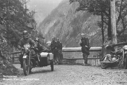 photo - #104 George Buck Royal Enfield S/car 498cc [KOL862] ISDT 1952 (© Artur Fenzlau/Technisches Museum Wien)