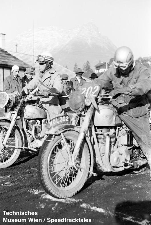 photo - #202 BW Martin BSA 497cc [MOL 302] at the start ISDT 1952 (© Artur Fenzlau/Technisches Museum Wien)