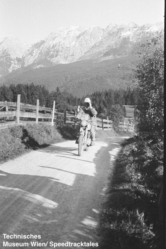 photo - #211 Fus. H Nield BSA 498cc on course ISDT 1952 (© Artur Fenzlau/Technisches Museum Wien)