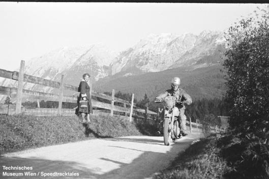 photo - #202 BW Martin BSA 497cc [MOL 302] on course ISDT 1952 (© Artur Fenzlau/Technisches Museum Wien)