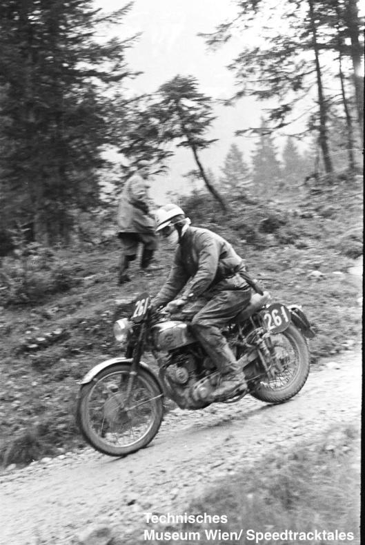 photo - #261 Cape DG Miles BSA 499 #262 David J Redmore Triumph 498 on course ISDT 1952 (© Artur Fenzlau/Technisches Museum Wien)