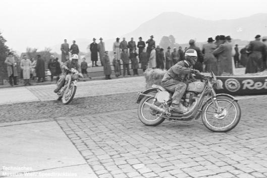 photo - #243 Sgt RA Rhodes works BSA Gold Star 500 [99BD73] location ISDT 1952 (© Artur Fenzlau/Technisches Museum Wien)