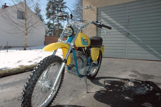 photo - LH front view of Tomas Melander's unused 1974 Monark GS125 ISDT (Courtesy vintagemonark.com)