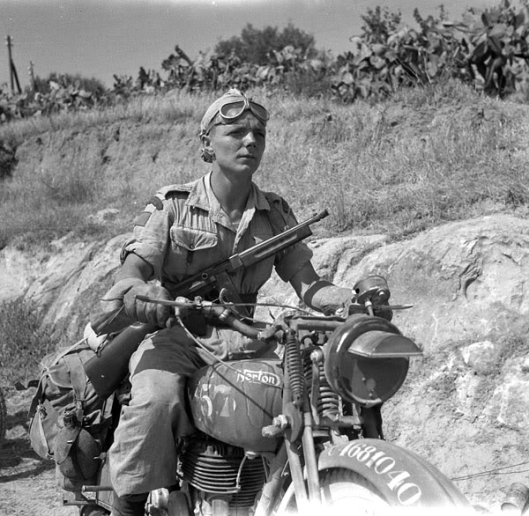 Photo - Desert DR on Norton WW2
